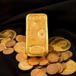 Privilégier les lingots d'or ou les pièces d'or ?